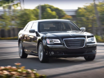 Chrysler 300C 2011. Интерьер
