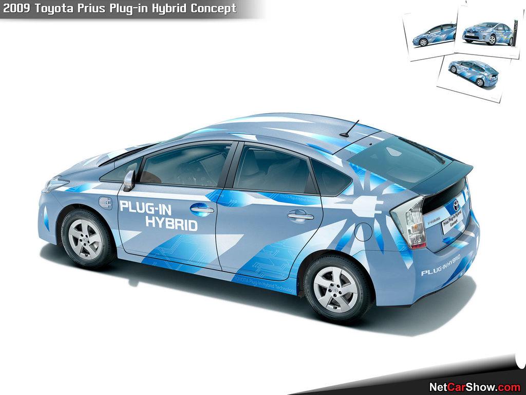 Toyota Prius Plug-in Hybrid фото