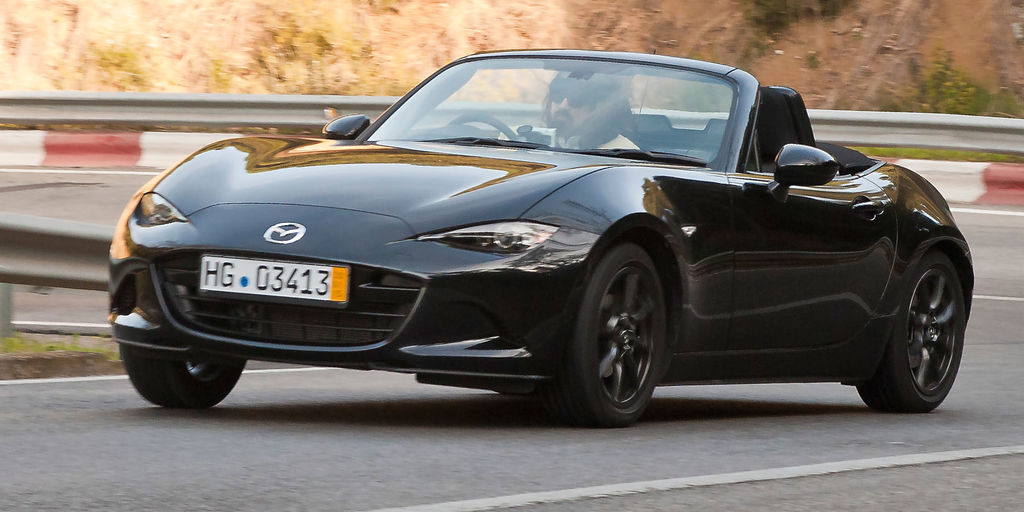 Mazda MX-5 фото 2011