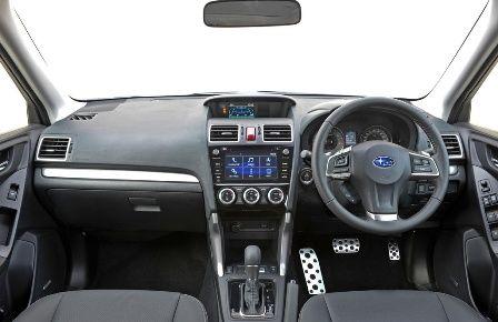 Subaru Forester 2015: обзор