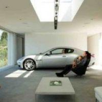 Как защитить гараж от взлома?